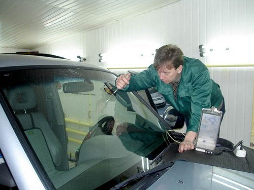 Ремонт трещин стекол авто