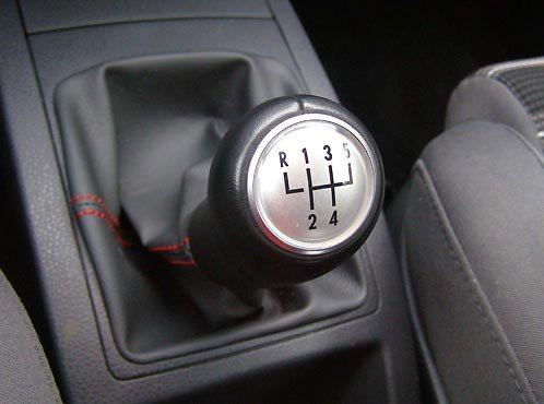 руководство по вождению автомобиля с механической коробкой передач