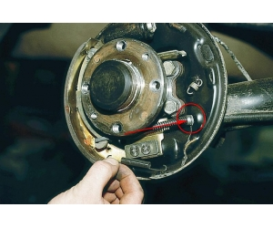 Замена тормозных колодок на ВАЗ