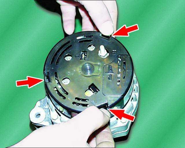 Как заменить щетки генератора на ваз 2114