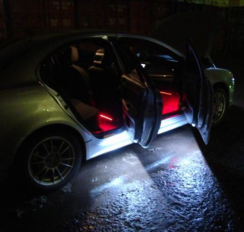 Подсветка двери на авто своими руками
