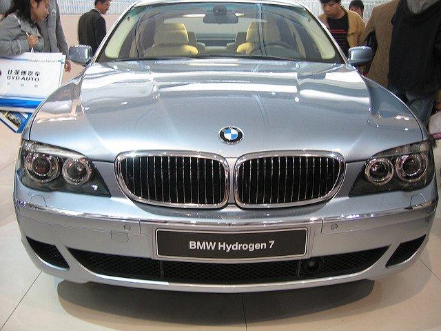 BMW Hydrogen 7 - один их