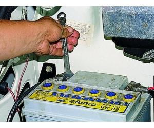 Техническое обслуживание аккумуляторной батареи
