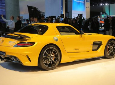 Обзор купе Mercedes-Benz SLS AMG Black Series
