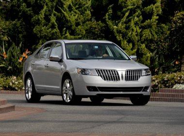 Lincoln MKZ (������ ���������)
