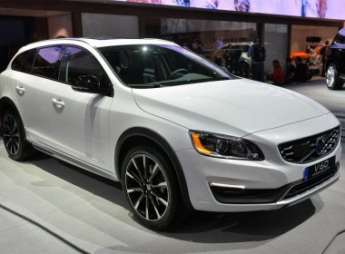 Модернизация от Volvo Cross Country V60 2015-2016
